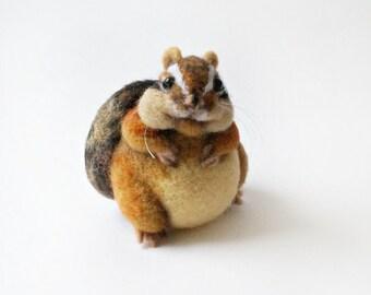 Fat Chipmunk, needle felted chipmunk