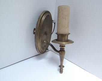 Brass Sconce, Brass light, Brass wall fixture, Beautiful condition, Vintage