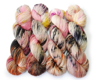 Sock Yarn Superwash Merino/Nylon 85/15 4ply Handdyed Yarn: CATS MEOW