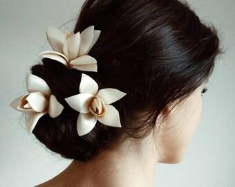 Cream Hair flowers, Wedding Hair Flower, Ivory Bridal Hair Flower,  Bridal Hair Flower, Set of 3 flower hair pin
