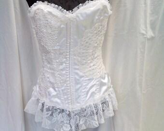 Upcycled Korsett/Verkauf 20%off/White Korsett/OOAK/Endladesign/Handmade/Hochzeits rustikale Korsett/Satin Korsett, schäbiges Chic, romantisch