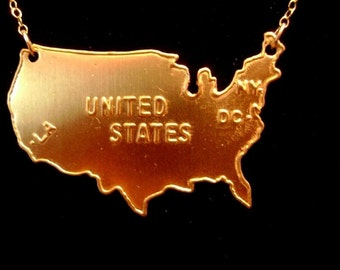 US Map Necklace in Gold