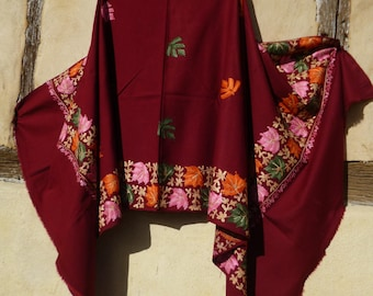 """Gorgeous  Embroidered Pashmina. 100%  wool shawl/stole. Cherry Red. 84 x 40"""". Kashmir. 214 x 102 cm"""