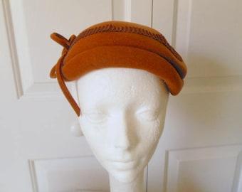 ON SALE.........Vintage  sienna Brown Felt Hat