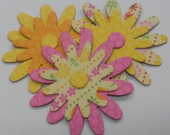 DAISY DOODLES Flower Chipboard Die Cuts - Floral Embellishments - 12 Pieces