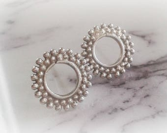 Sterling Silver Rould Studs - Round Granulation Studs - Minimal Round Studs - Round Geometrical Studs - Round Sterling Silver Earrings