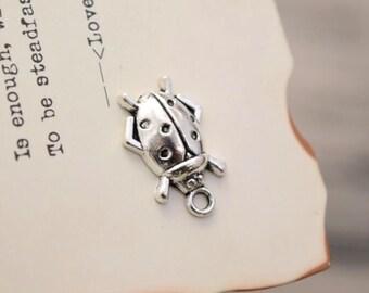 20 antique silver ladybug charms charm pendant pendants  (YY02)