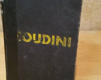 Houdini Master of Escape 1960 /  187 pages / Magic / Magician / Lace Kendall