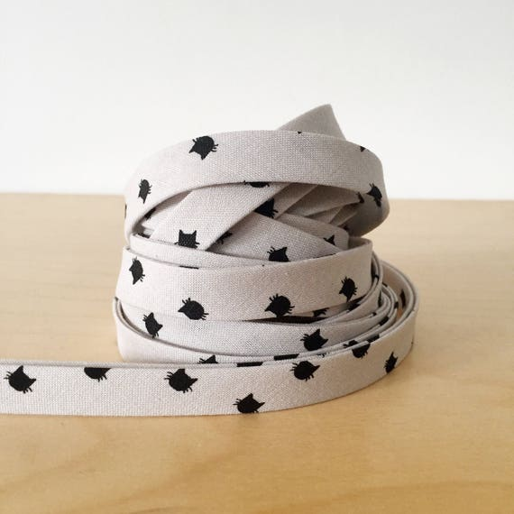 "Bias tape in Black Cats on Gray Cotton- 1/2"" Double-fold binding- Riley Blake Meow collection- 3 yard roll"