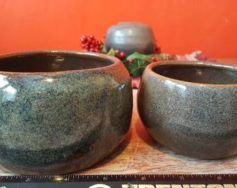 Set of 2 stoneware bowls. Kitchen, bedroom, bathroom. Beautiful blue and rust color angel glaze.