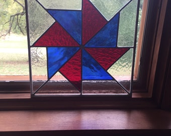 Patriotic old quilt pattern stained glass
