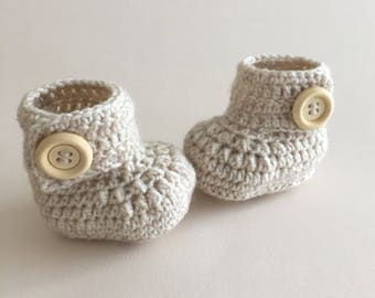 Cream baby booties, baby shoes, crochet baby shoes, crib shoes, baby, crochet baby booties, baby slippers, crochet