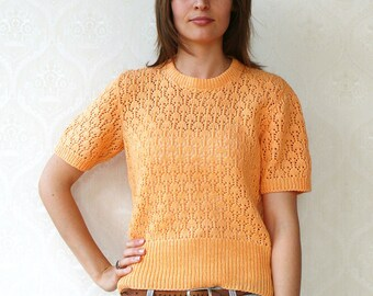 "Vintage tulip knitted top, small medium - apricot . . . . . . . . . . . . . ""Like"" our fb page for 10% discount"