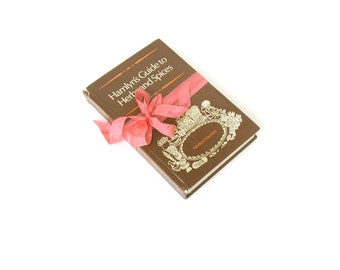 Hamlyn's Guide to HERBS and Spices by Monica Mawson, Vintage Herb Book, Holistic Guide Book, Medicinal Book, Natural Healing, Herbalist Book
