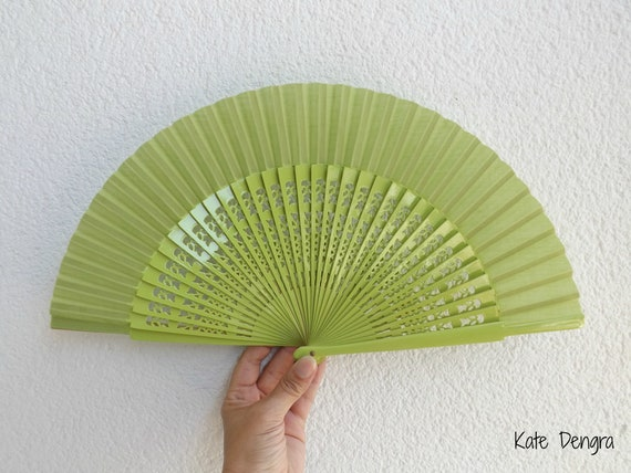 Std Fret Pistachio Green Wooden Hand Fan