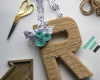 Jute Monogram Wreath with arrow ribbon. Farmhouse Style Jute Letter.