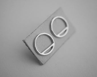 empty SHORTCUT earrings - sterling silver - pair