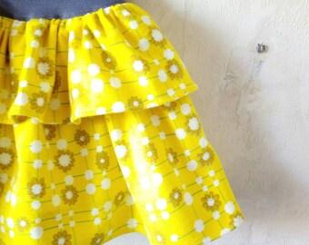 Girls skirt size 5 Girls flannel skirt Kids skirt Girl's circular skirt Yellow birthday skirt Baby girl flower skirt Flower girl skirt