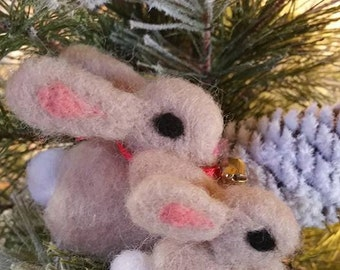 Christmas Ornament, Needle Felted Bunnies, Handmade Ornament. Rabbit. Holiday Decoration, Felted Animals