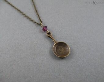 Poêle à frire enchevêtrées charme collier - Raiponce - Flynn Rider - breloque en Bronze