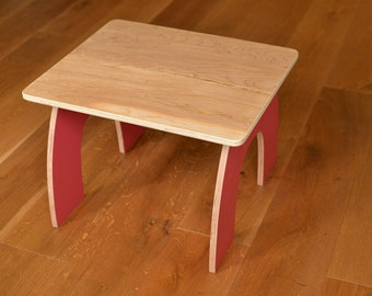Kids curved wooden table