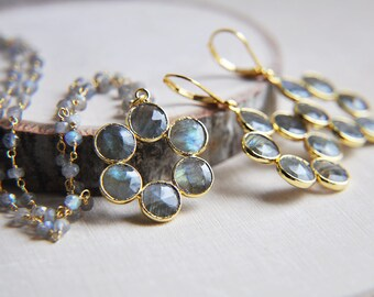Labraodite Necklace, Labradorite Earrings, Labradorite Jewelry, Gifts for Her, Gifts for Mom, Gift Set, Flower Jewelry, Boho Wedding, Boho