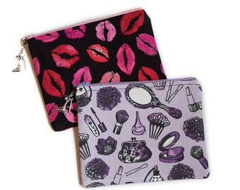 Retro Vintage Beauty Lips Kisses Make-Up Cosmetic Zipper Pouch with Shoe Charm