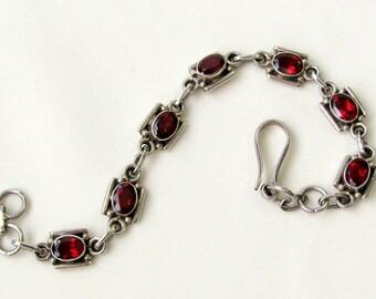 Vintage Garnets Sterling Silver Bracelet