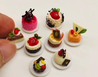 8 pieces Miniature Mini Cake set, Miniature Cake for Doll's house collection