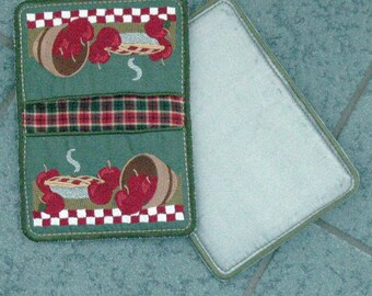 "Potholder / Apple Potholder / Embroidered Potholder / Apples ""In-the-Hoop"" Embroidered Potholders"