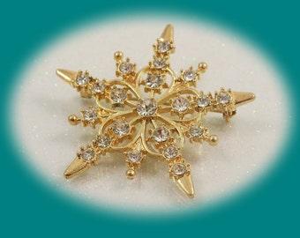 Vintage Rhinestone Brooch Gold Tone Brooch Crystal Brooch CZ Brooch Silver Plated Metal , Brides Mother Gift