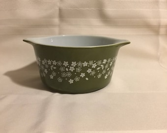 Pyrex Spring Blossom Green round casserole dish #473-B
