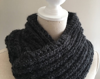 Max, double Snood mixed wool