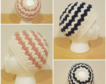 CHOOSE YOUR COLOR, Messy Bun Hat, Pony Tail Hat, Messy Bun Beanie, Crochet Beanie