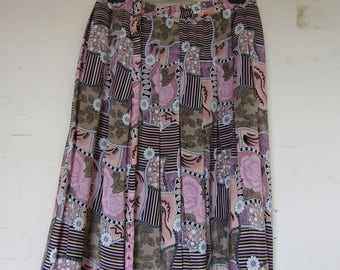 Pink Crazy Print Pleated Skirt - Size 14