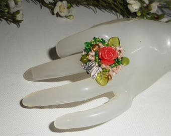 Embroidered ring pink coral and green glass beads and metal Butterfly