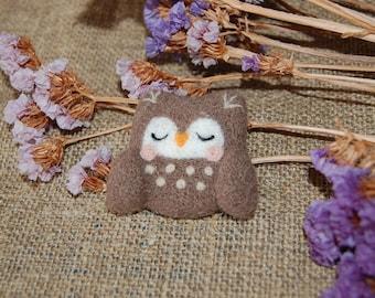 Adorable owl of wool felt Felted brooch Bird wool Felt animal brooch One of a kind jewelry Brooch wild animal Needle felted owl pin Felt