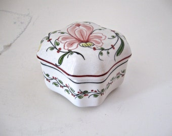 Vintage Anfora Agueda, Portugal, Hand Painted Porcelain Jewelry Ring Trinket Box, Keepsake Holder, Floral Home Decor Gift for Her