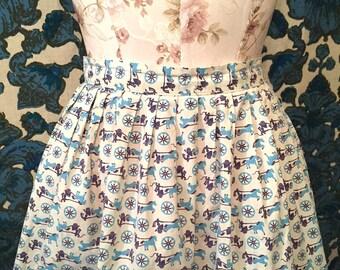 Vintage 1950s Novelty Print HORSE and CARRIAGE Skirt Transportation Skirt COTTON Retro Skirt