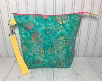 Medium Zipper with Handle Top Knitting Crochet Project Bag - Batik Seahorses