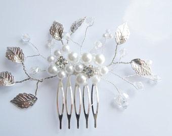 Bridal Hair Comb Wedding Hair Comb Bridal Hair Accessory White Pearl Comb Wedding headpiece Rhinestone Hair Comb