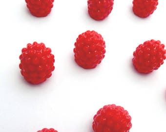 10 miniature raspberry resin 12x10mm: MIN 0220