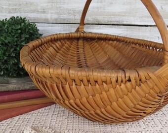 Vintage Gathering Basket - Woven Basket Large with Handle - Farmhouse baskets - Rustic - EGG market Basket