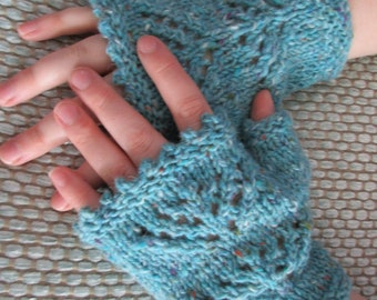 Lace Motif Gloves Pattern