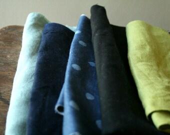 LINEN, WOOL + COTTON fabric / remnants / 10 pieces / polka dot / metallic dots / black italian wool