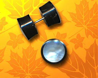 Mother of Pearl Fake Plugs – MOP and Horn Earrings – Fake Gauges – Unisex - SP3