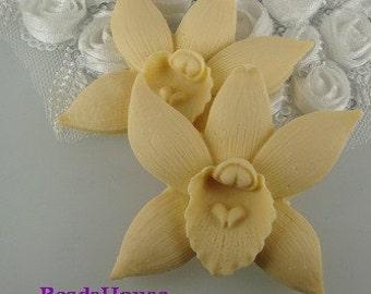 20%off: 662-00-CA  2pcs Pretty Phalaenopsis Cabochon-Ivory