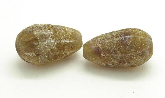 Organic teardrop pair
