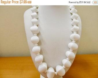 On Sale Vintage Graduated White Plastic Beaded Necklace Item K # 1524