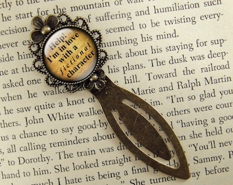 Help I'm in Love with a Fictional Character, Bookmark, Bronze Bookmark, Book Lover, Book Accessories, Clip Bookmark, Book Gift, Small Gift